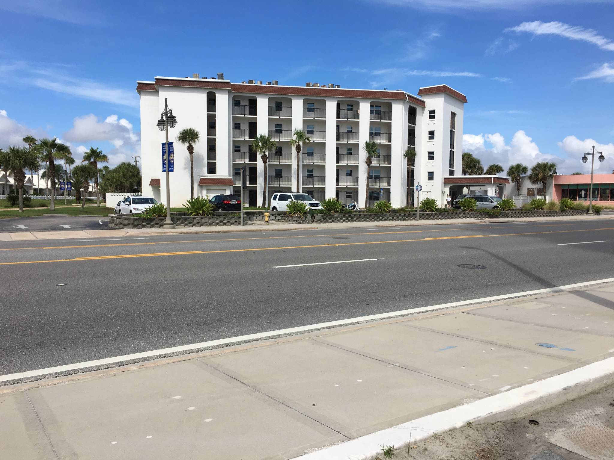 So Atlantic Ave Daytona Beach Shores Condo