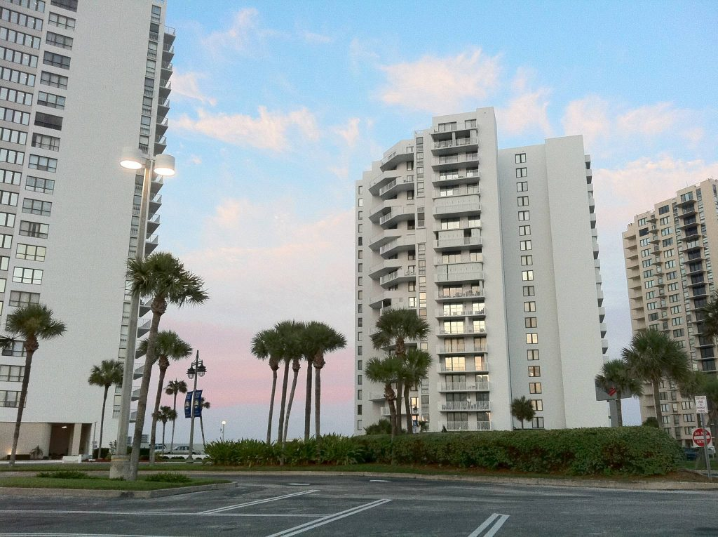 Daytona Beach Shores Oceans One Rental