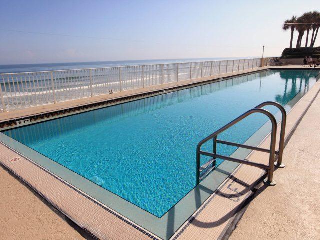 Oceans Eight. Pool Area