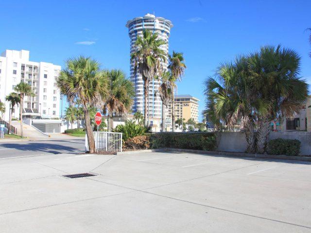 Peck Plaza Condominium with top floor restaurant