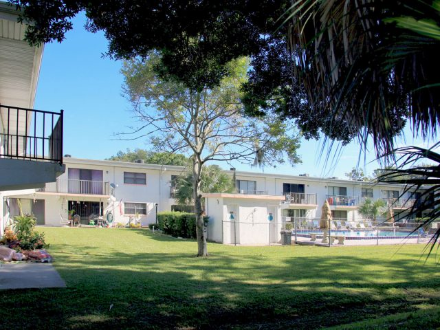 Daytona Beach Golf & Country Club Condominium